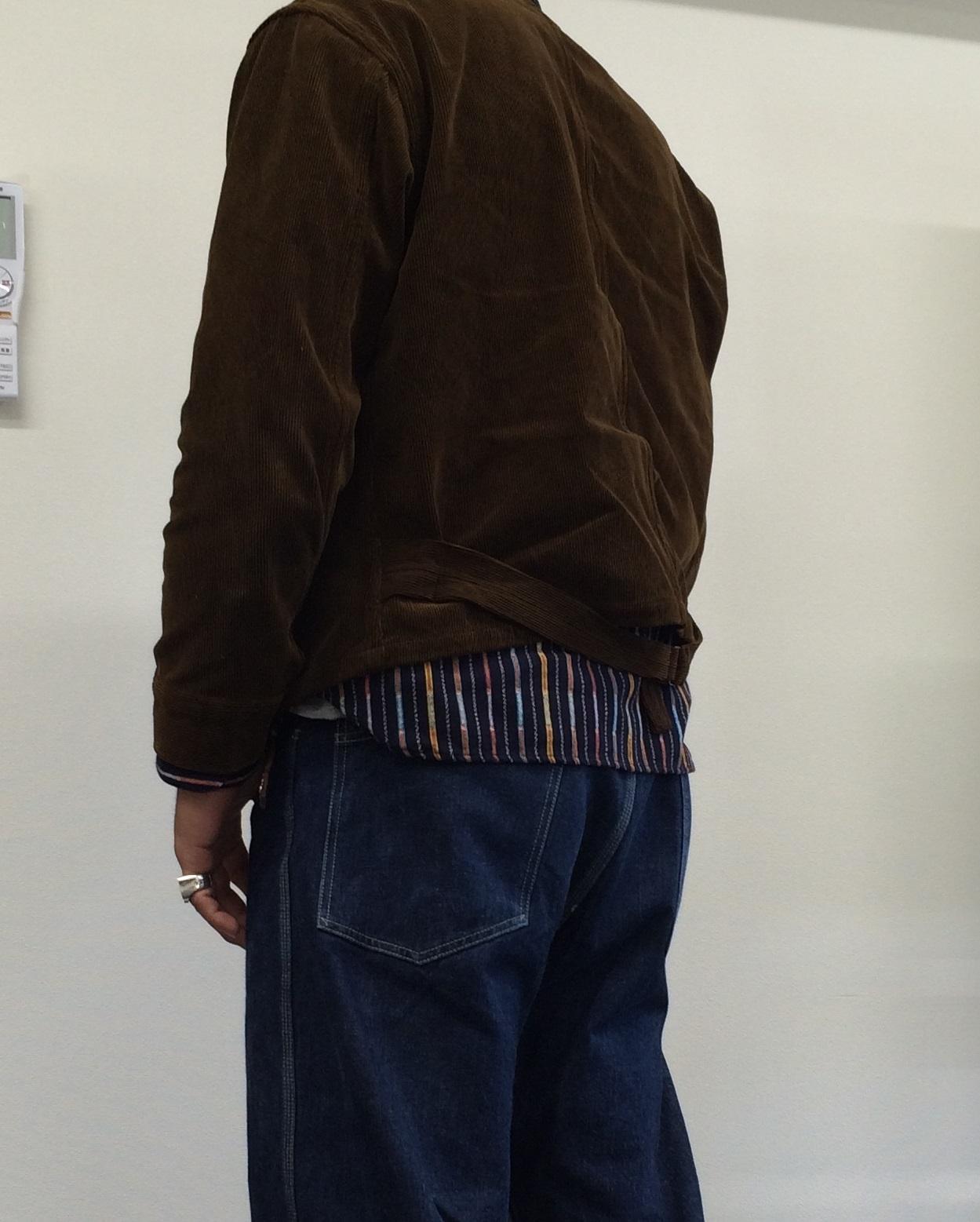 コーデュロイ素材のエンジニアジャケット