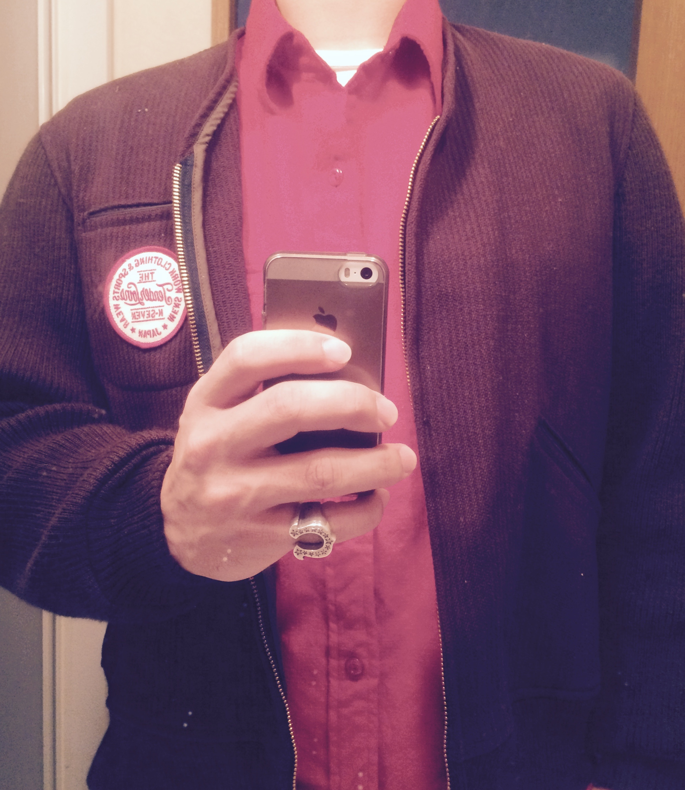 サークルロゴのウールジャケット