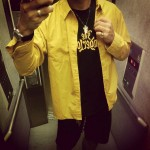 ゴールドシャツとゴールドプリント